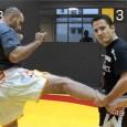 Vidéo de plus de 10 minutes expliquant des techniques de muay thai qui s'incorporent très bien au MMA.